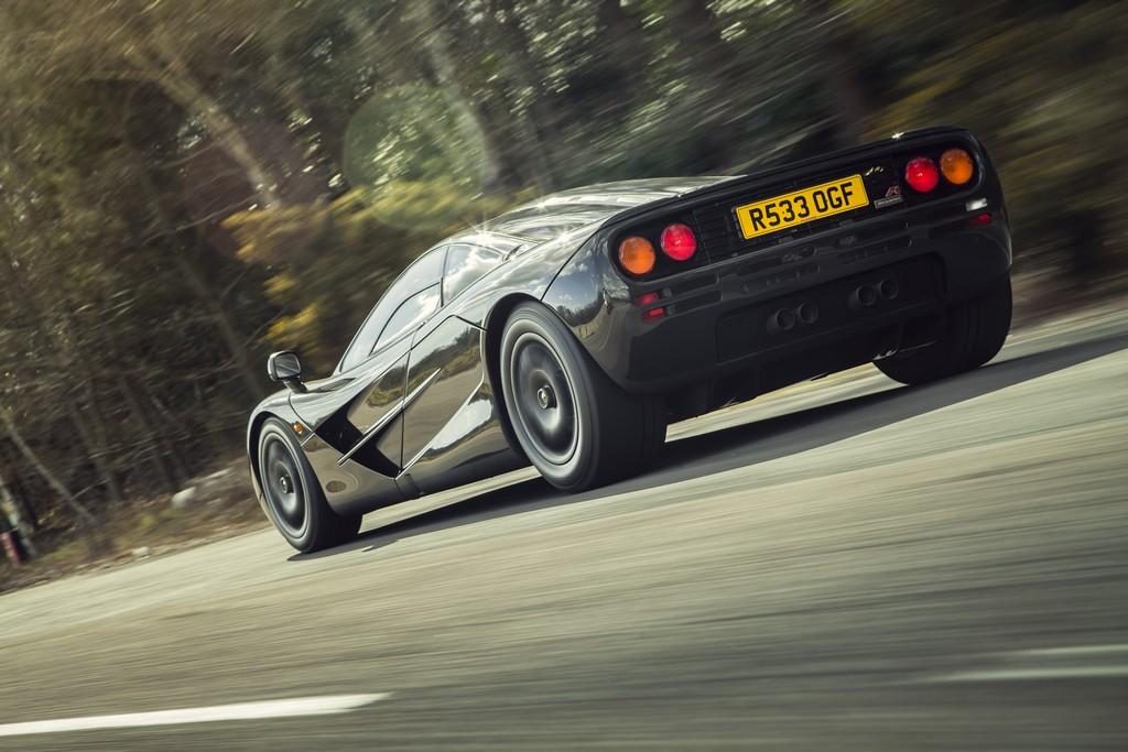 McLaren F1 Dietro
