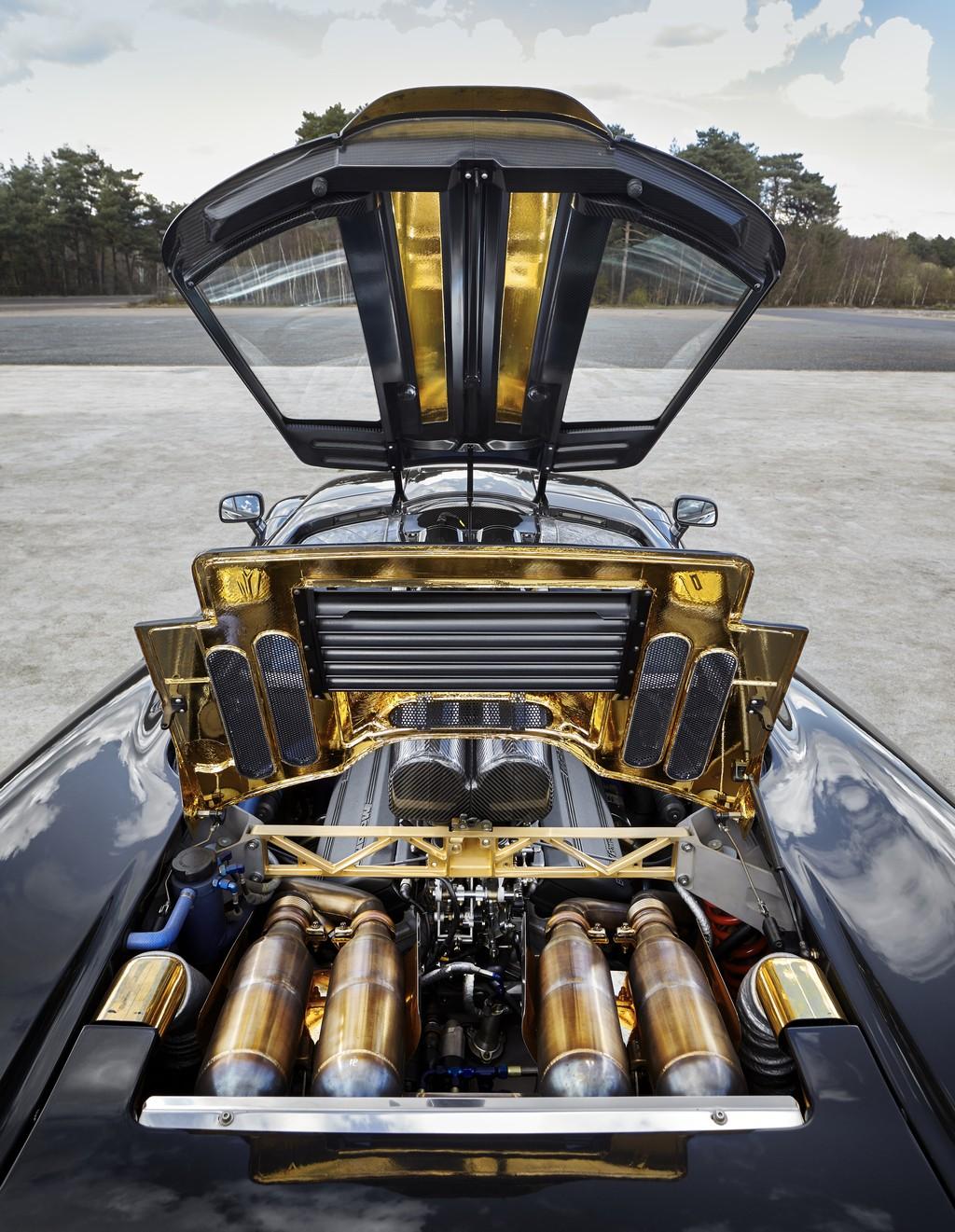 McLaren F1 Motore Oro