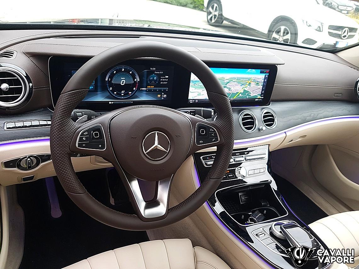 Mercedes Classe E Station Wagon Interni