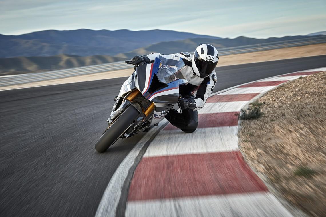 BMW HP4 Race 3