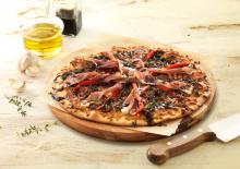 Wewalka - Mozzarella and Prosciutto Pizza