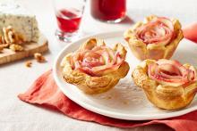Wewalka - Wine Tinted Apple Rose Tarts