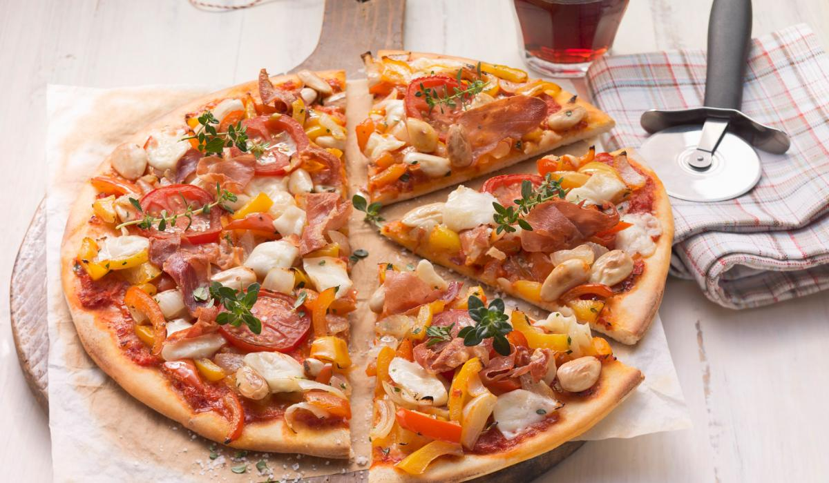 Wewalka Recipe - Parma Ham & Pepper Pizza