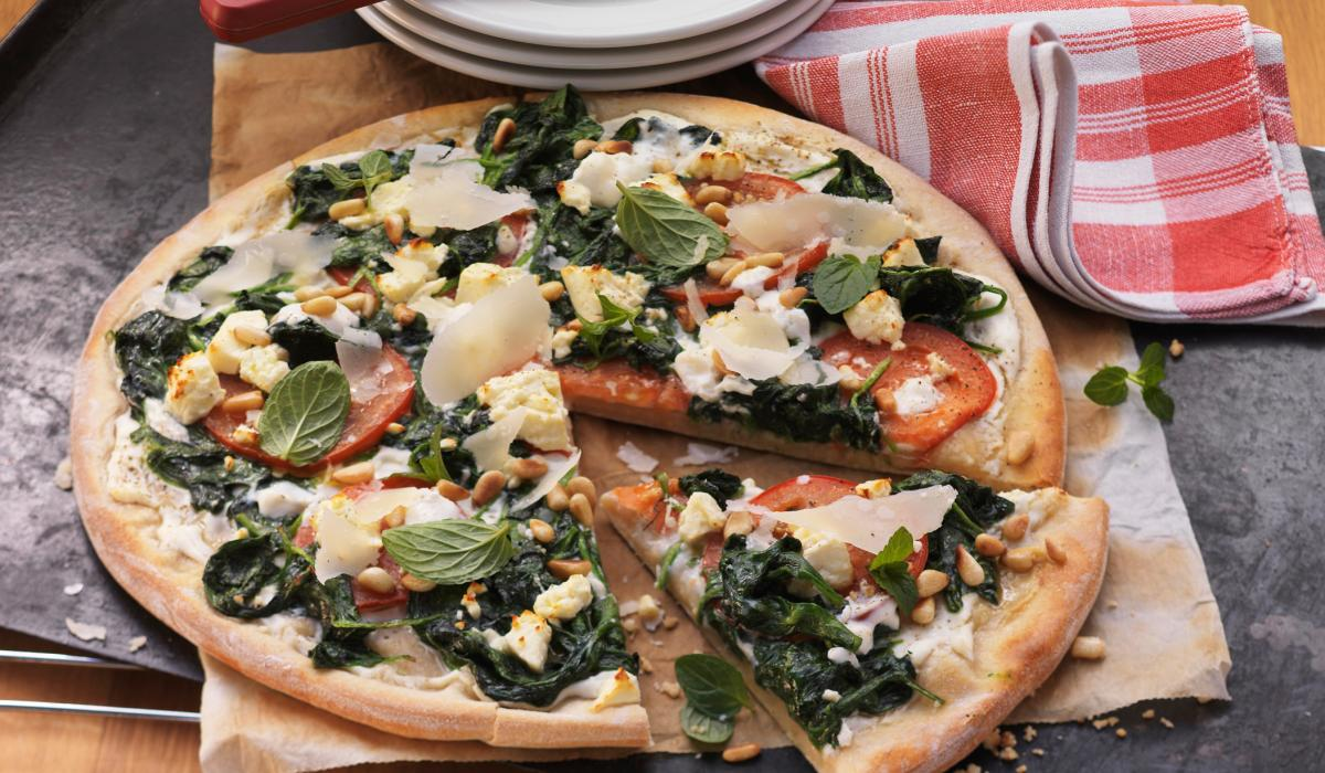 Wewalka Recipe - Spinach & Ricotta Pizza