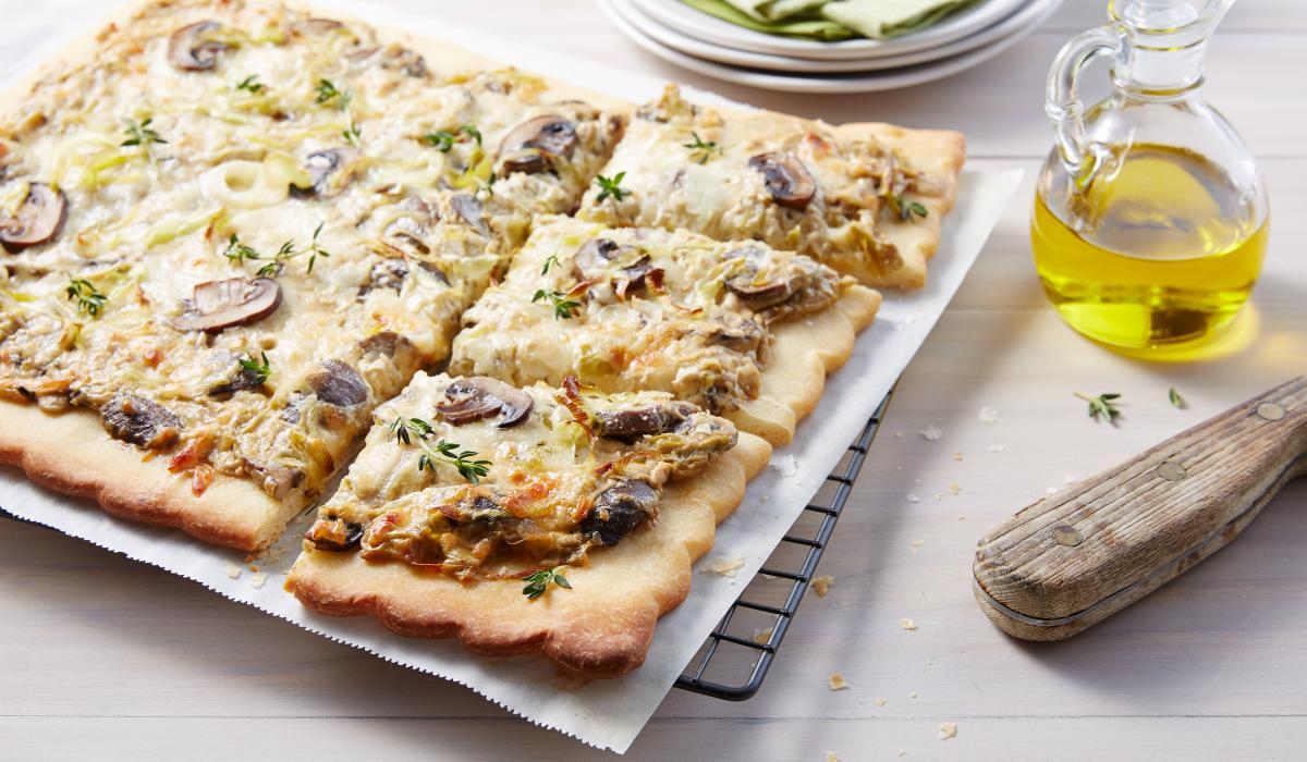 Wewalka Recipe - Rustic Mushroom Pizza