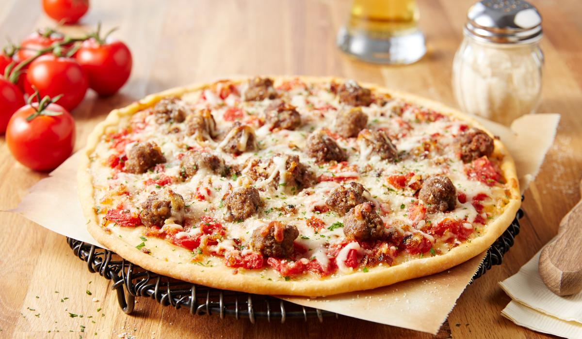 Wewalka Recipe - Meatball Pizza