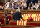 De una España a plazos a esa otra, que puede romperse y quedar hecha retazos. Así estamos