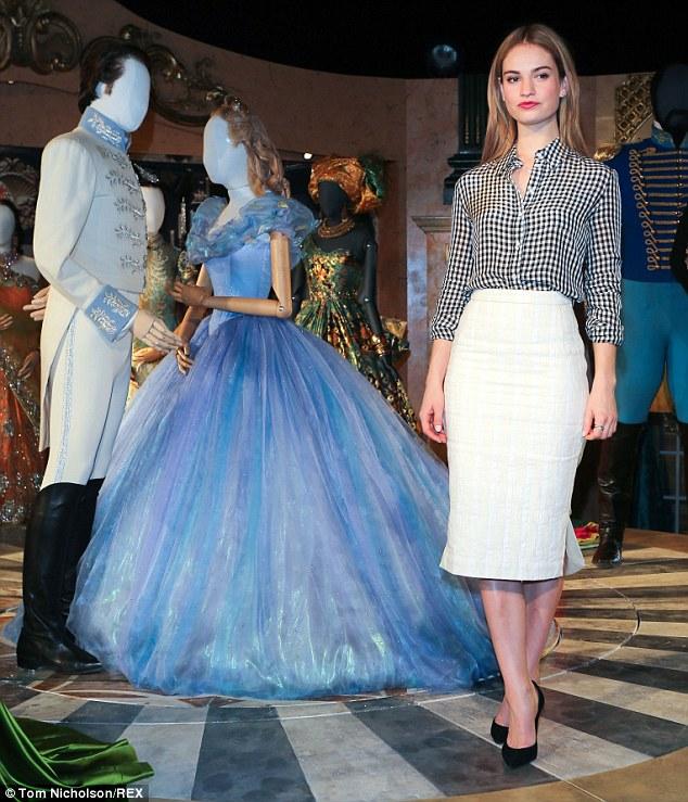 Katya Thomas Make Up For Lily James Disney S Cinderella