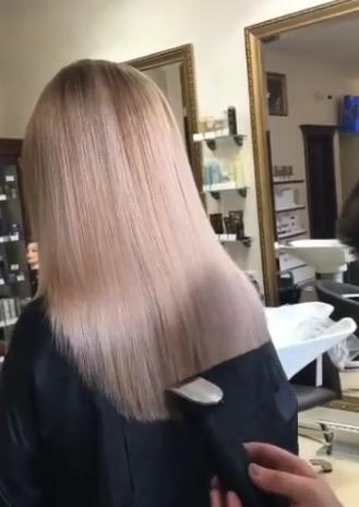Taglio di capelli a punta dietro