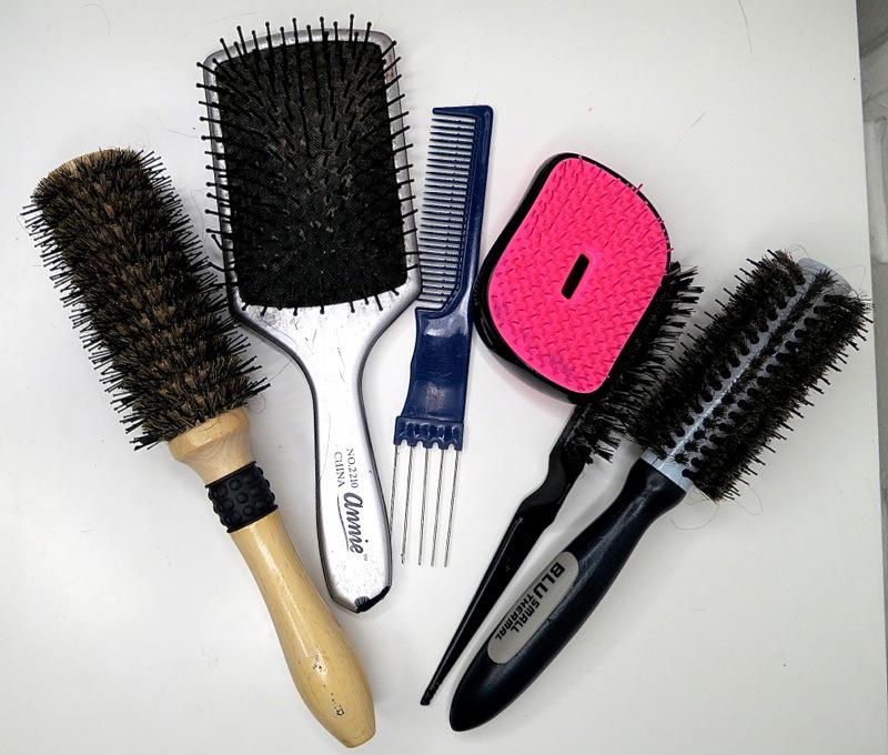 guida ai 3 tipi di spazzola per capelli