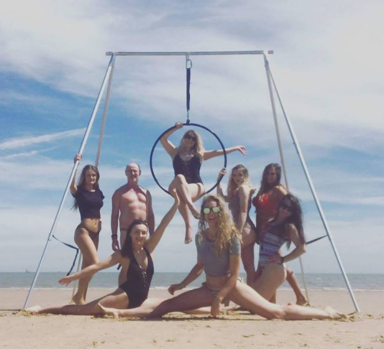 Hoop-Beach.JPG?mtime=20180823133007#asset:3885