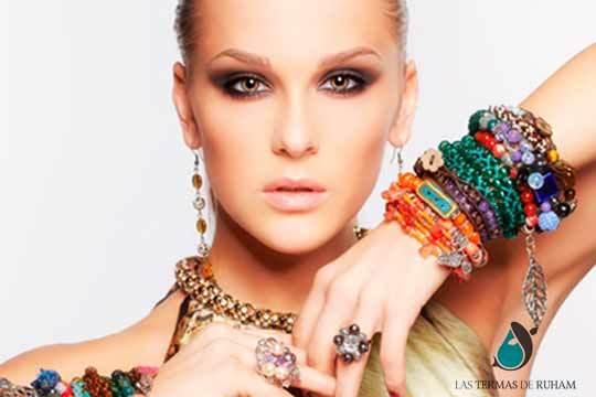 ¡Ponte guapa! Maquillaje de fiesta + ampolla lifting efecto tensor en Las Termas de Ruham