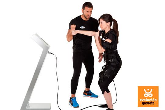 Evolución Gasteiz te ofrece todo lo que necesitas para relajarte y tonificar tus músculos con 7 sesiones de electroestimulación ¡Luce tu figura!