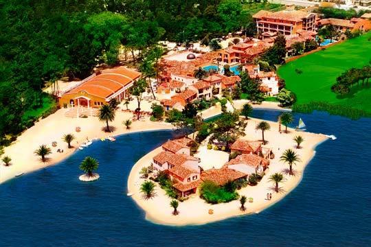 Este verano, disfruta en pareja o familia de 7 noches en un hotel en régimen de media pensión junto a un pintoresco lago en Portugal ¡Paisajes de ensueño!