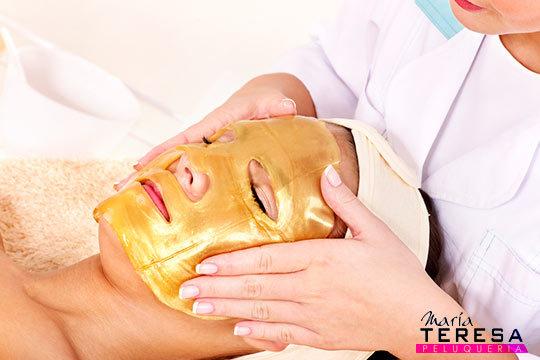 Limpieza facial + Extracción + Peeling + Mascarilla de oro + Masaje + Aplicación de crema personalizada en María Teresa Peluquería