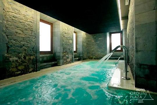 Disfruta de un relajante circuito termal con opción a masaje en el recién inaugurado Hotel Orduña Plaza ¡Recién inaugurado!