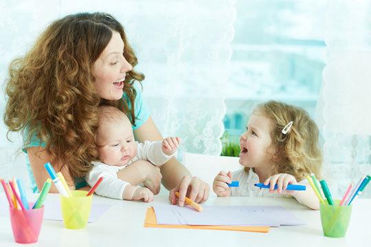 Fórmate para trabajar con niños y ayudar en su aprendizaje con el curso online de desarrollo cognitivo, sensorial, motor y psicomotor en la infancia