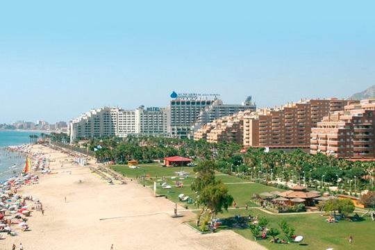Apartamento en Marina d'Or en Semana Santa ¡Estancia de 4 noches y con capacidad para hasta 6 personas!