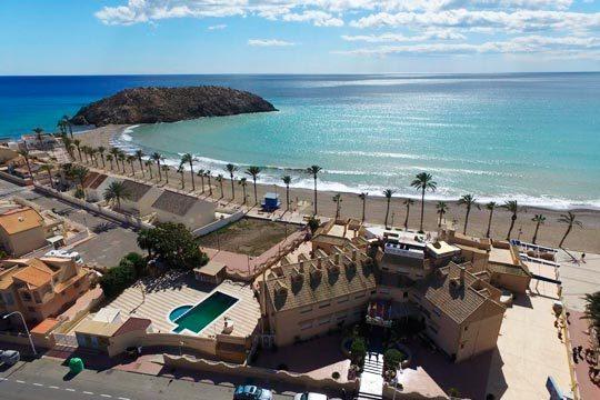 Disfruta de la playa en el Puerto de Mazarrón ¡En pensión completa en el hotel Playa Grande!