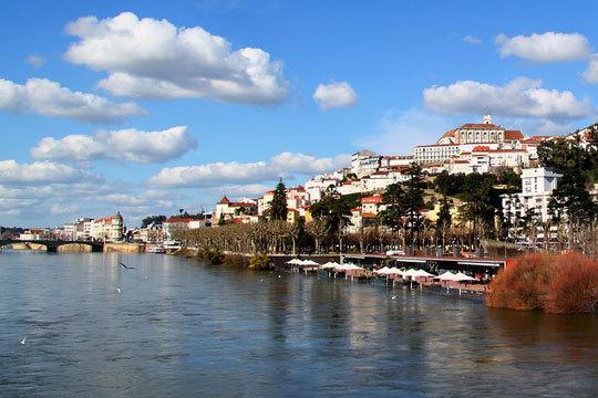 ¡Descubre el encanto de Coimbra esta Semana Santa! 4 noches con desayunos en el céntrico Hotel Astoria