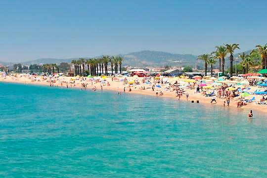 Disfruta de unas merecidas vacaciones en la Costa del Maresme en el mes de julio o agosto ¡7 noches en pensión completa!