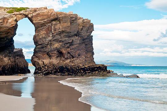 Del 13 al 17 de abril disfruta de las Rías Altas con 4 noches con desayunos en el hotel O Val Do Naseiro