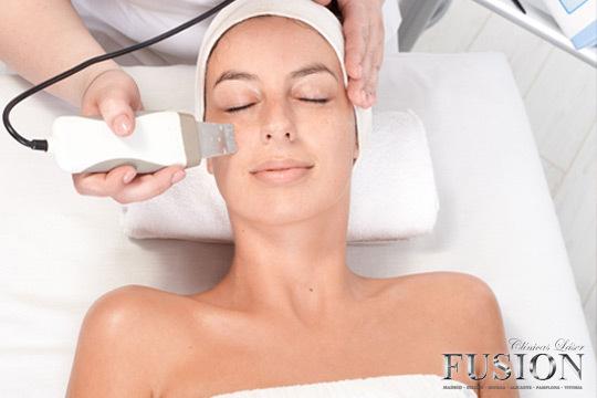 Disminuye tus arrugas, hidrata y regenera tu piel, reafirma tu rostro y muchas otras ventajas para que brilles con luz propia