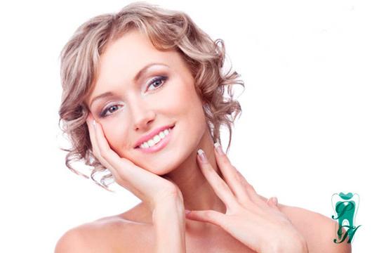 Frena los signos del envejecimento con un tratamiento médico de relleno con ácido hialurónico en comisuras labiales, surco nasogeniano o perfil de labios