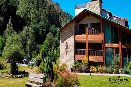 ¡Relax a todo lujo en plena naturaleza cántabra! Noche con desayuno y circuito Spa en el hotel Reserva del Saja****