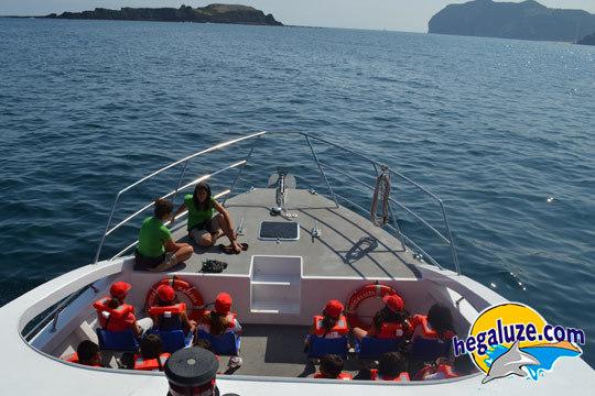 Ruta en barco por las Cuevas de Ogoño durante 60 minutos ¡Un plan perfecto para ir con toda la familia o amigos!