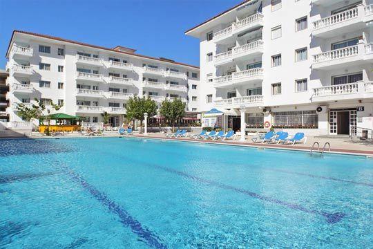 Disfruta en julio de unas vacaciones en la costa Brava ¡5 o 7 noches en apartamento para 4 personas en Blanes!