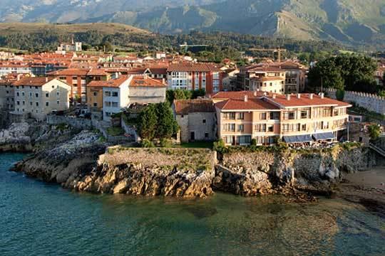 1 o 2 noches con desayunos en el Hotel Restaurante Prau Riu de Llanes en Asturias ¡y con opción a concierto en directo!