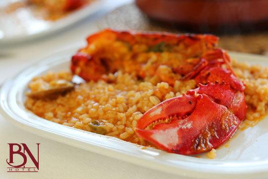 Menú de arroz con bogavante en el Hotel Blanca de Navarra ¡Complétalo con una noche de alojamiento!