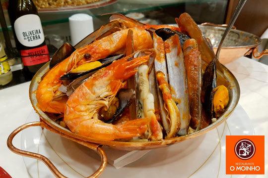 Disfruta de la cocina portuguesa con un menú Portugués de día y noche en O Moinho ¡A ritmo de fado!
