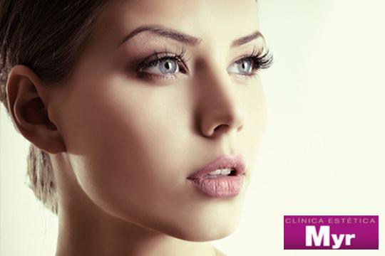 Luce un rostro perfecto libre de impurezas con una Limpieza facial con peeling, alta frecuencia y oxigenación en Myr (Las Arenas)