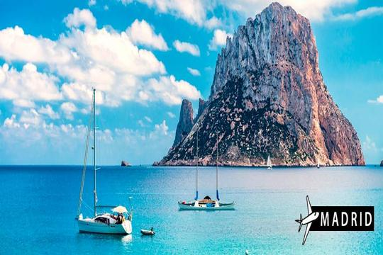 Vacaciones en Ibiza: Vuelo desde Madrid + 7 noches en apartamento