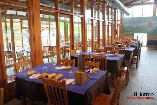 Disfruta de un menú con cachopo de calidad en el restaurante sidrería El Horreo ¡Riquísimo y de la mejor calidad!