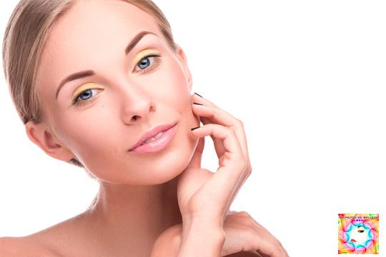 Sesión facial rejuvenecedora con mesoterapia y tratamiento celular de minerales, aminoácidos y ácido hialurónico