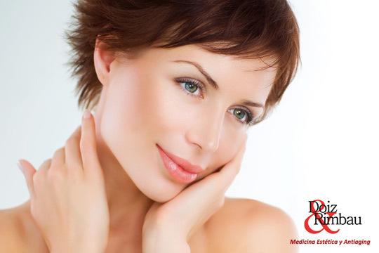 Pack antiedad Día de la Madre: Tratamiento facial antiarrugas con Botox + Mesoterapia médica con vitaminas en el Centro Médico Estético Doiz & Rimbau