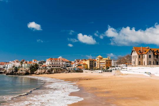 Disfruta de la costa de Estoril de una escapada de 4 noches con desayuno en el hotel Saboia