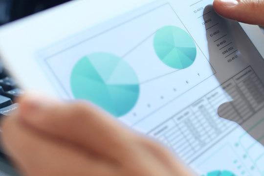 Domina las técnicas de marketing digital y comercio electrónico con este máster de la escuela de negocios ENEB