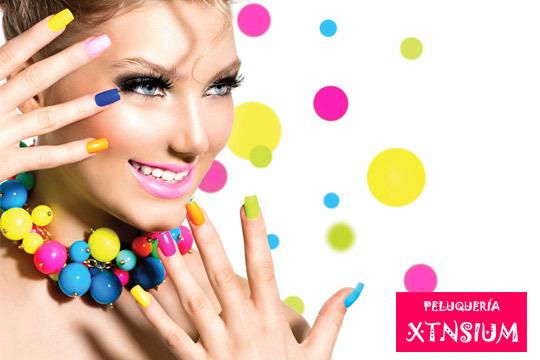 Luce unas manos bonitas con una sesión de manicura en Xtnsium ¡Incluye limado y esmaltado!