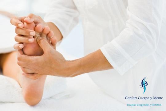 Siente como el bienestar te invade de pies a cabeza con 1 o 3 masajes de pies o 1 o 3 sesiones de reflexología podal en Confort Cuerpo y Mente