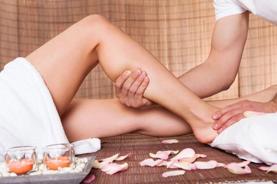 Mejora el aspecto de tu piel y alivia los signos de la celulitis, varices, fibromialgia... con un masaje linfático de 1 hora en Bizi Natura