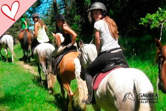 Disfruta de la naturaleza y la hípica con la ruta a caballo Valdegovía-Valderejo del club hípico Gaubea ¡Para una o dos personas!