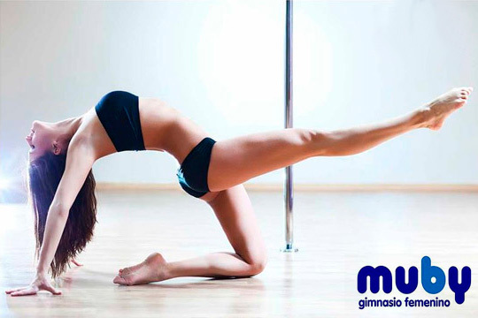Moldea tu figura y quema calorías con Pole Dance ¡El deporte de moda entre famosas como Kate Moss, Jennifer Aniston y Natalie Portman!