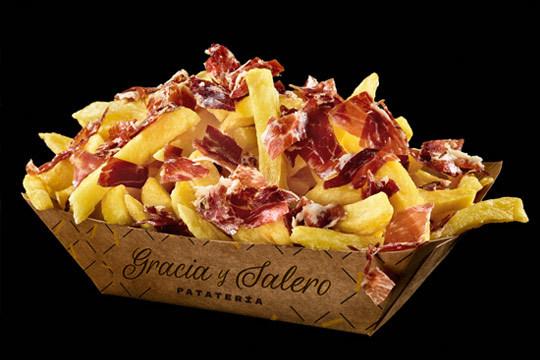 Disfruta de tu menú para 2 en el formato que prefieras y elige tu guarnición favorita ¡Porque en Vitoria las patatas fritas nos gustan con Gracia y Salero!
