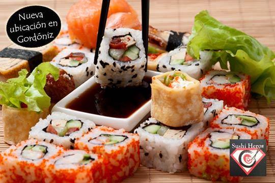 Delicioso menú japonés con 44 piezas de Sushi en Sushi Heros ¡Auténtica comida japonesa para disfrutar en tu casa!
