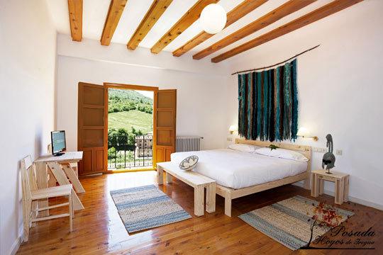 Inolvidable noche con desayuno en la Posada Hoyos de Iregua + visita a bodega en La Rioja ¡Una escapada perfecta!