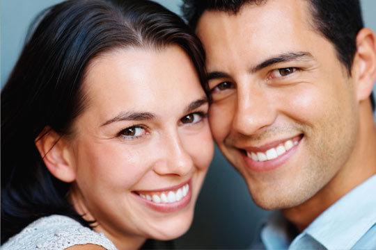 Limpieza bucal + pulido de manchas + técnicas de higiene + diagnóstico para problemas de bruxismo en la Clínica Dental Urdaneta ¡Cuida tus dientes!